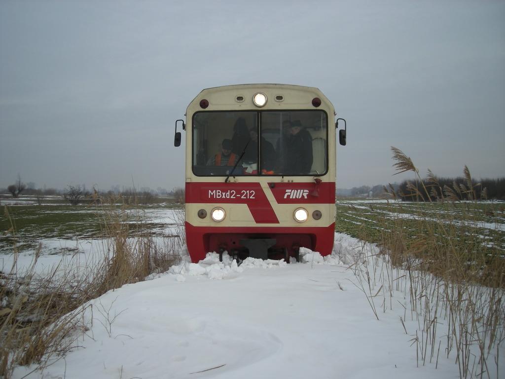 Jeden z pociągów specjalnych w trudnych warunkach terenowych