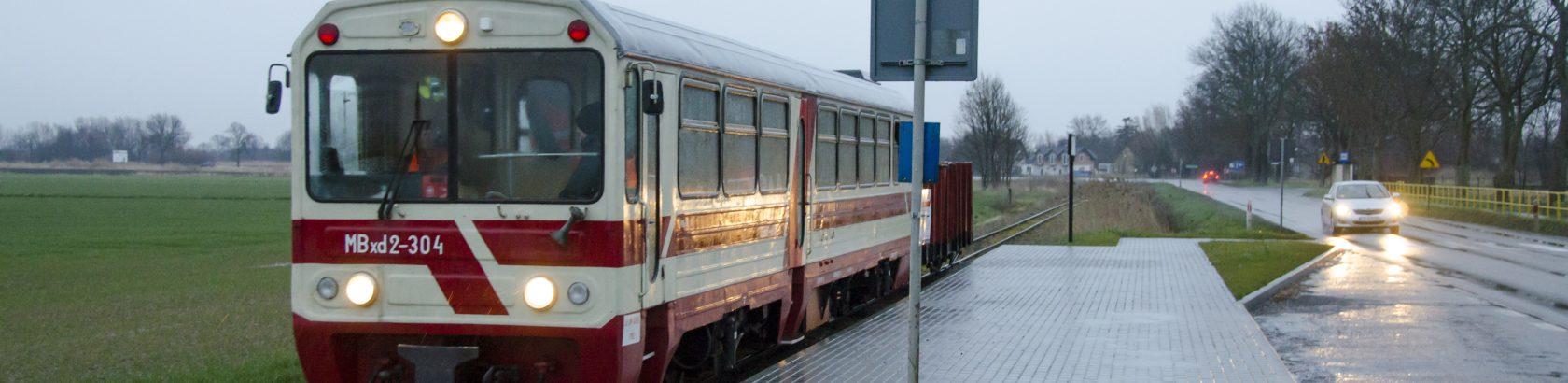 Nowy przystanek kolejowo-autobusowy Cyganek, 29.02.2020. Fot. Przemysław Strzyżewski.